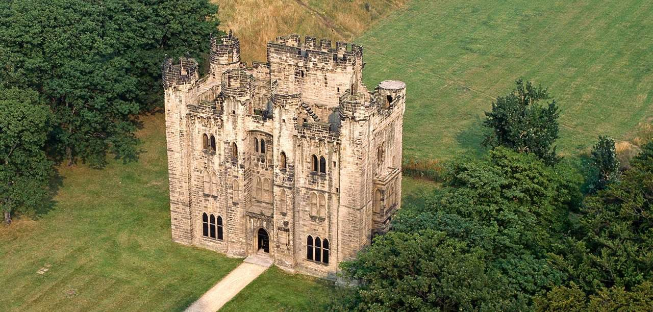 'From Civilian to Soldier' – Hylton Castle in World War One