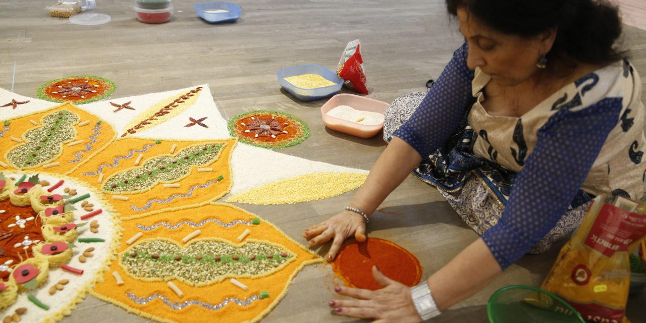 Experience the art of rangoli