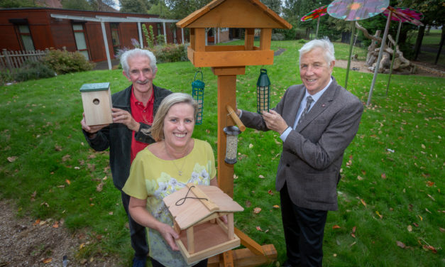 SAFC legend helps carers with their birds and bees…
