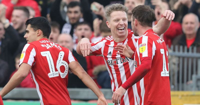 Sunderland afc signs Domino's as latest sponsor