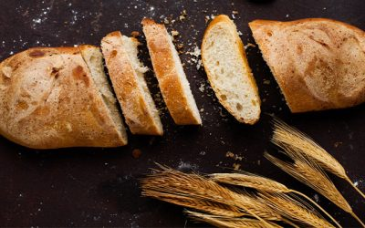 HOW TO MAKE YOUR OWN BREAD AT HOME